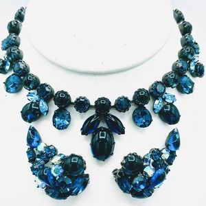 Vtg Regency Blue RS Necklace and Clip Earrings Set